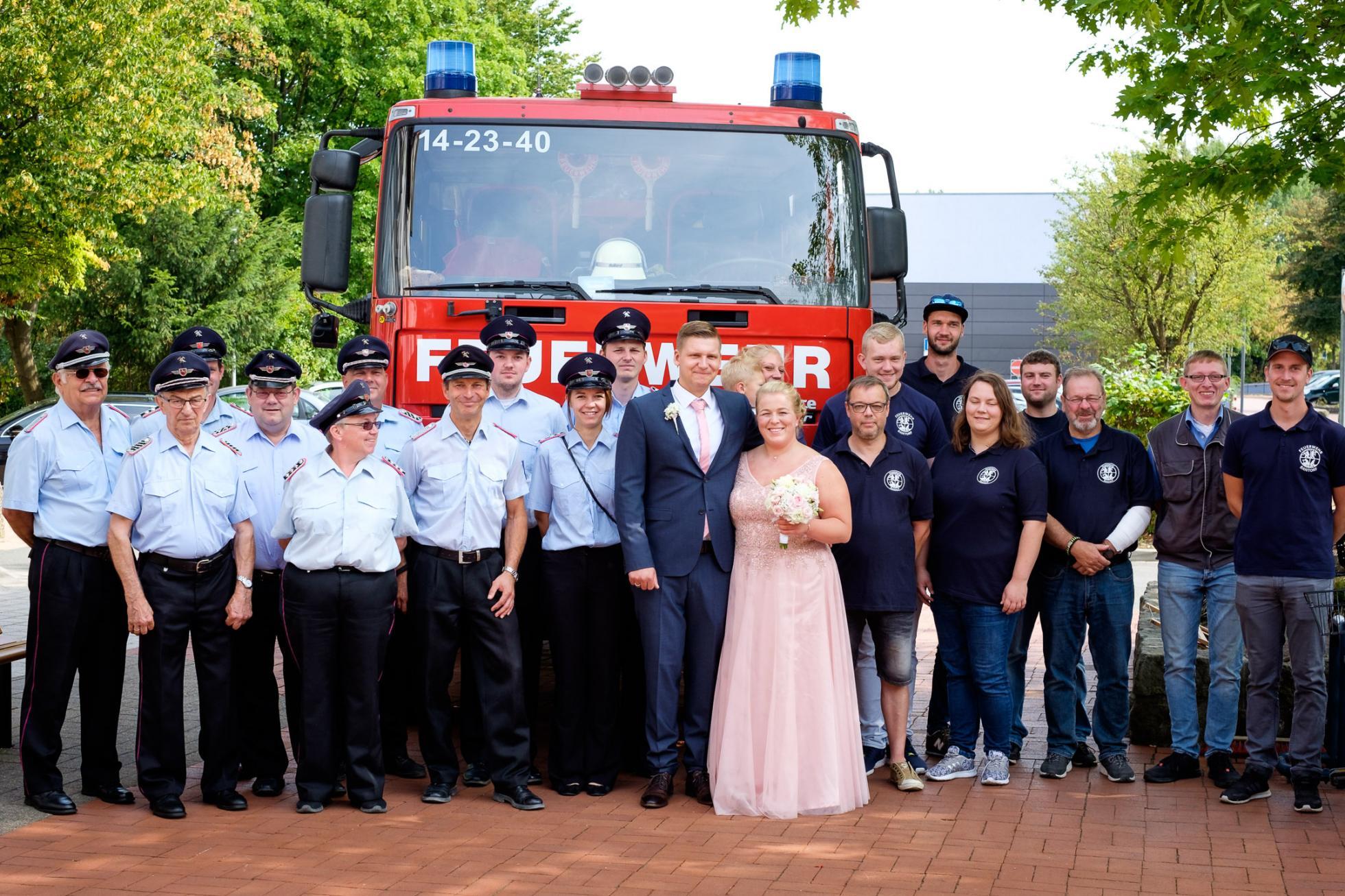 Wieder Eine Feuerwehr Hochzeit Ortsfeuerwehr Hohenbostel